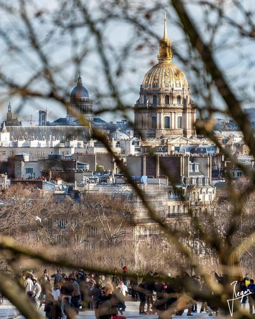 ебет париж в январе фото пользователи яблочных